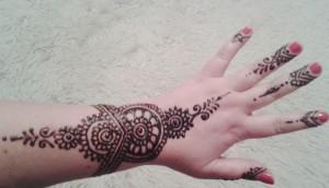 henna hand+gelenk